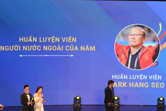 Thầy Park và U22 Việt Nam thắng lớn ở Cúp Chiến thắng