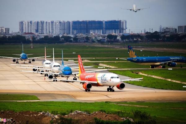 Hàng loạt ông lớn rút lui, hàng không Việt đang kém hấp dẫn?