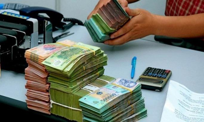 Thưởng Tết, lương tháng 13 và cách tính thuế thu nhập cá nhân