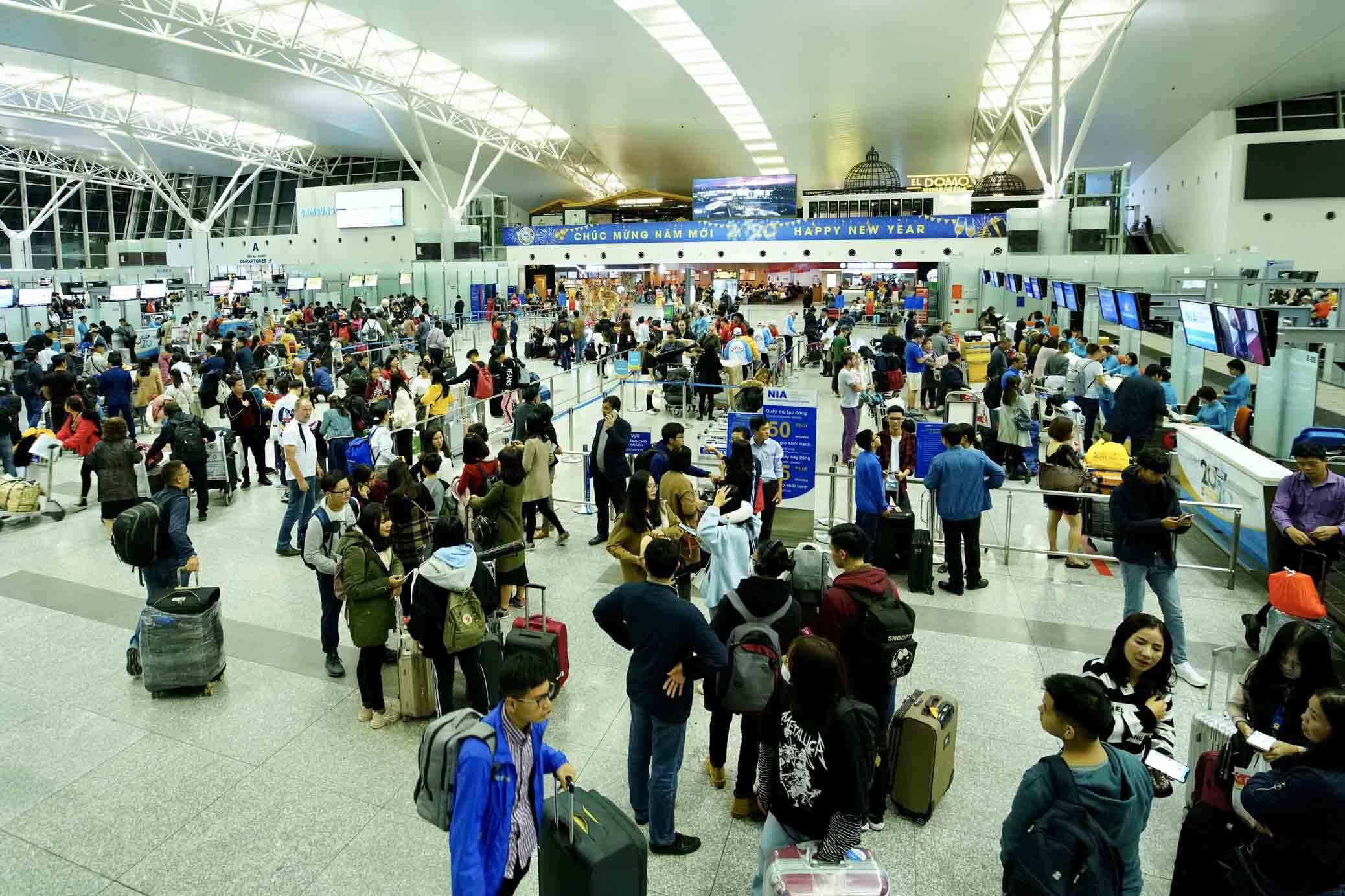 Hành khách phải đến Nội Bài trước 3 tiếng để không bị nhỡ chuyến bay