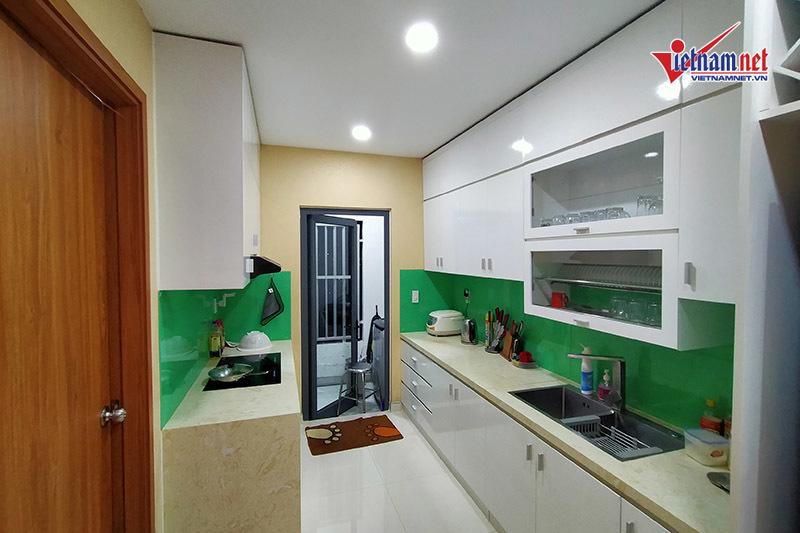 Minh Luân trang trí căn hộ rộng 100m2 đón Tết