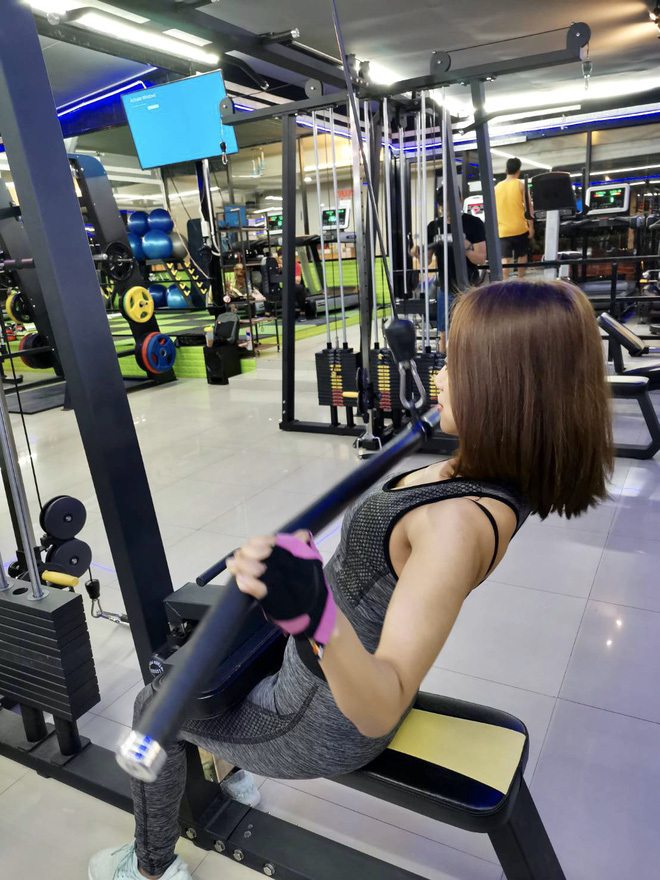 Ai cũng tưởng có bầu vì quá béo, cô gái trẻ quyết tâm giảm 24kg