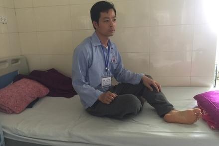 Vợ ôm con bỏ đi, thầy giáo nghèo một mình chống chọi với bệnh ung thư
