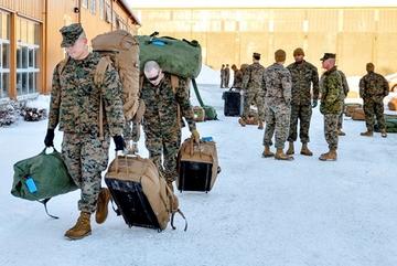 Sợ xung đột với Iran, Mỹ rút về 3.000 quân tập trận ở châu Âu