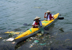 Studying river plastic waste: the early steps