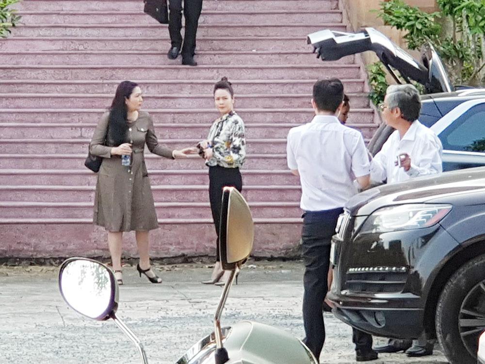 Chồng cũ Nhật Kim Anh lại đòi đổi thẩm phán, toà chưa thể xử vụ tranh chấp nuôi con
