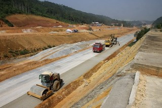 New roads to link to northern mountains