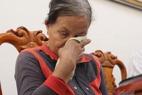 Giọt nước mắt hạnh phúc của người mẹ chạy trốn sau đêm đám ma con trai