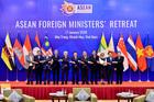 Tại Việt Nam, các ngoại trưởng ASEAN dành nhiều thời gian trao đổi về Biển Đông