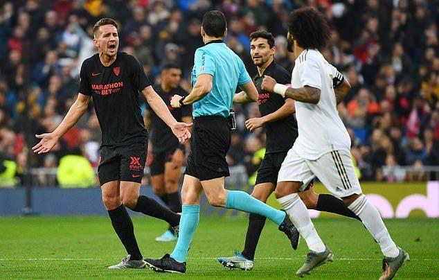 Đánh gục Sevilla, Real Madrid leo lên đỉnh bảng