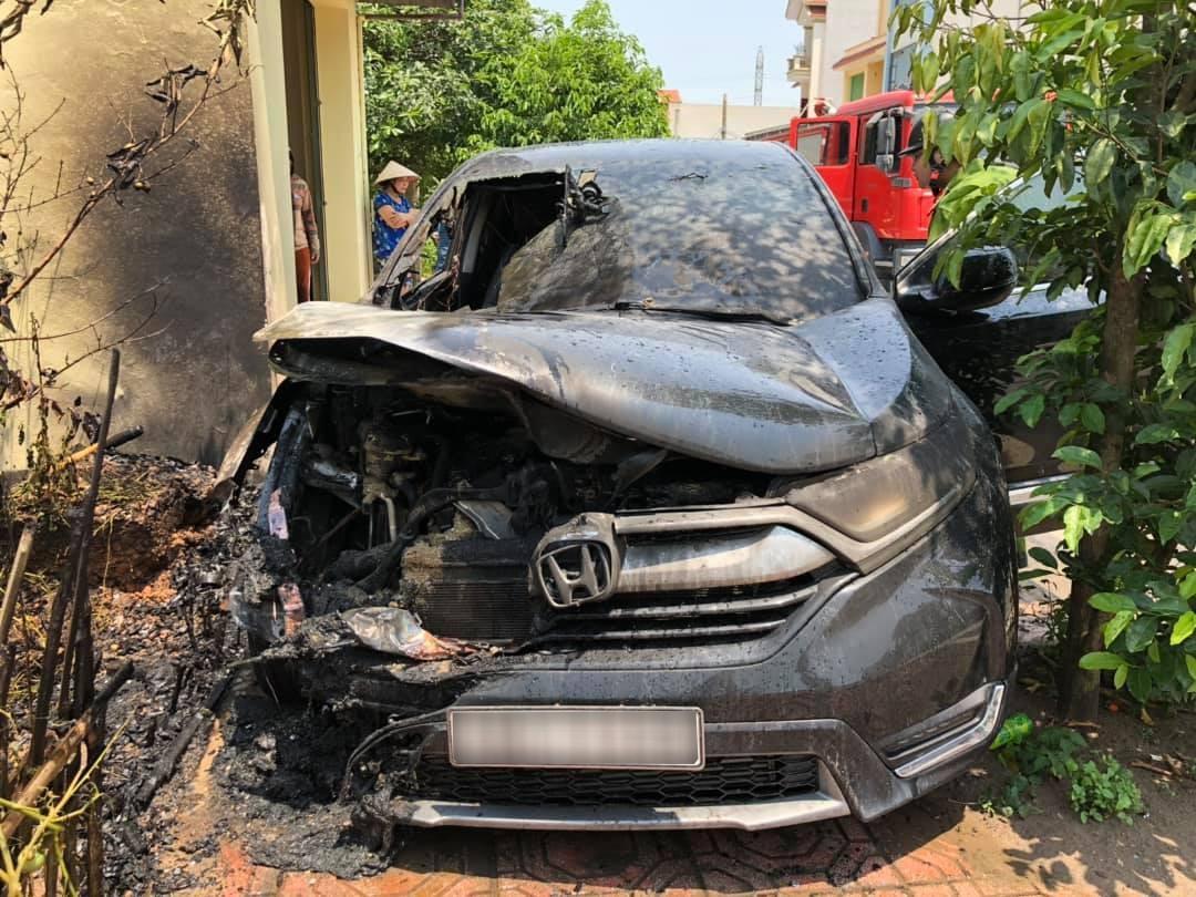 Nhìn lại loạt scandal trên thị trường ô tô Việt trong năm qua