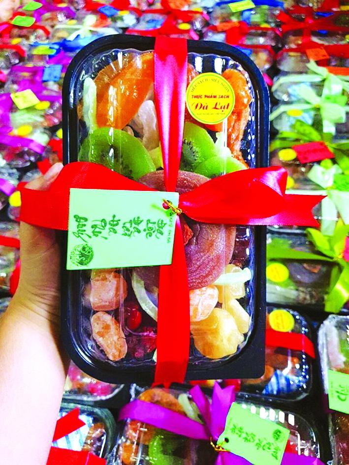 Chọn quà tết độc lạ , cẩn thận mứt Trung Quốc giả đặc sản