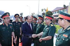 Thủ tướng thăm, chúc Tết trường Sỹ quan lục quân 2