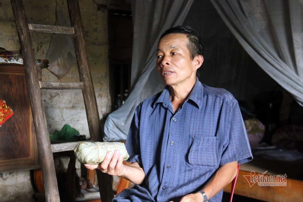 Độc đáo người H'Mông: 'Niêm phong' nông cụ đón Tết