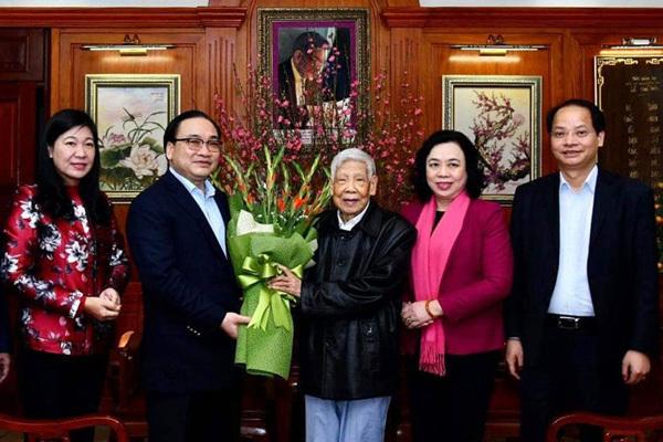 Bí thư Hà Nội Hoàng Trung Hải chúc Tết nguyên lãnh đạo Đảng, Nhà nước