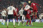 Liverpool 1-0 MU: Van Dijk mở tỷ số (H1)