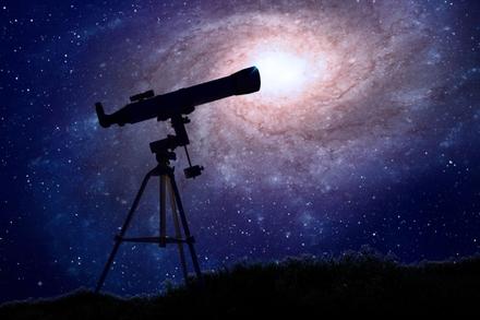 Ngôi sao có kích thước gấp 1.400 lần Mặt trời sắp phát nổ