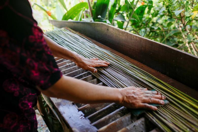 Ống hút làm từ cỏ của chàng trai Việt được báo Anh khen ngợi
