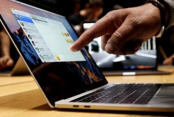 Apple sắp ra mắt MacBook màn hình cảm ứng?