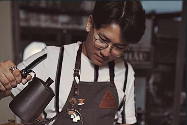9X bắt tay nông dân, làm mới giá trị cà phê Việt