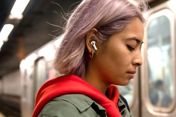 Cách trả lời cuộc gọi trên iPhone bằng tai nghe AirPods và AirPods Pro