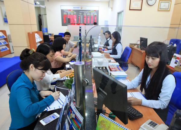 BaoViet Bank lì xì lộc Xuân tri ân khách hàng