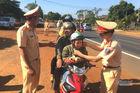 CSGT Đắk Nông chặn nghìn người trên quốc lộ và cái kết bất ngờ