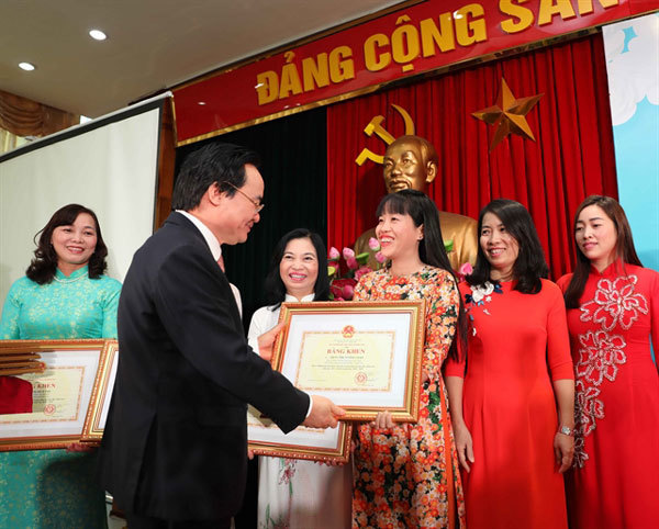 Pre-school teachers honoured in ceremony