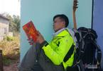 Chàng trai Phú Yên đi bộ hơn 400 km về quê ăn Tết