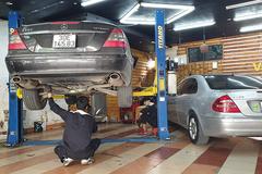 Cận Tết đi bảo dưỡng xe, gara hét giá cao ngất ngưởng