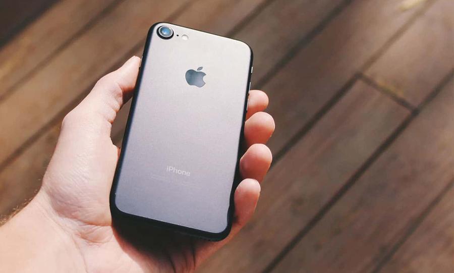 Lý do Apple muốn ra mắt iPhone 9 giá rẻ sớm