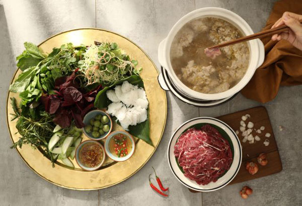 Ngon Garden serves dinners through Tet with lucky money in the first lunar month