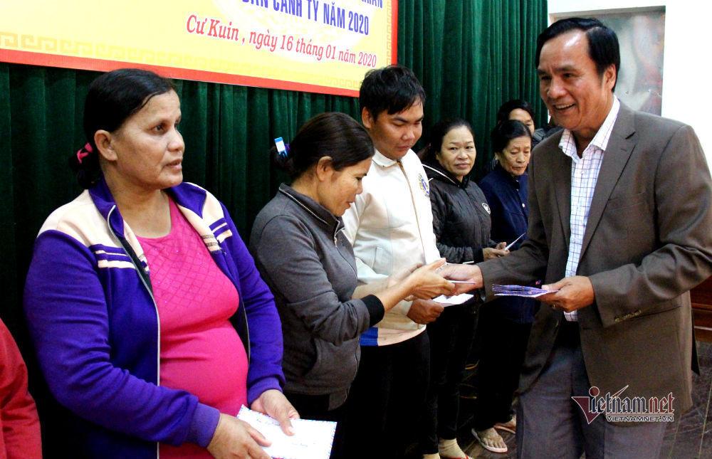 VietNamNet mang tết ấm đến người nghèo tỉnh Đắk Lắk