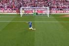 Top 10 quả penalty thảm họa nhất làng túc cầu