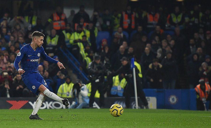 David Luiz bị đuổi, Arsenal cưa điểm siêu kịch tính với Chelsea