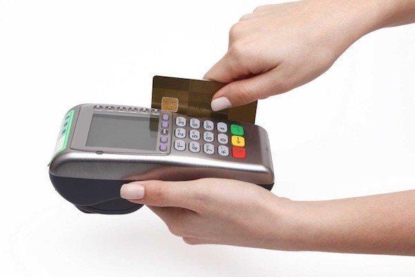Dịch vụ rút tiền mặt tại nhà: Đến hẹn lại lên