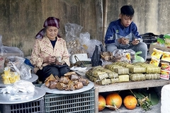 Countryside market during Tet holiday