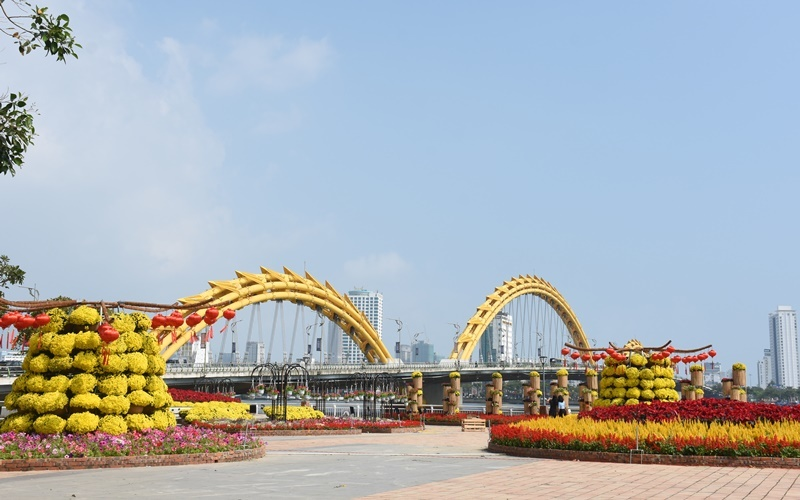 Da Nang full of spring atmosphere