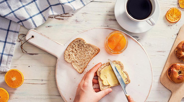 7 bí quyết giúp ăn uống thả ga ngày Tết mà không tăng cân