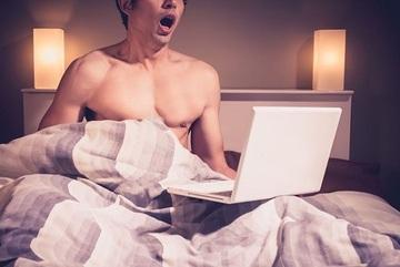 Bác sĩ sốc khi bệnh nhân 'khai' một ngày thủ dâm 10 lần