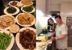 Hoa hậu chuyển giới Hoài Sa dự tiệc tất niên tại nhà Trọng Hiếu