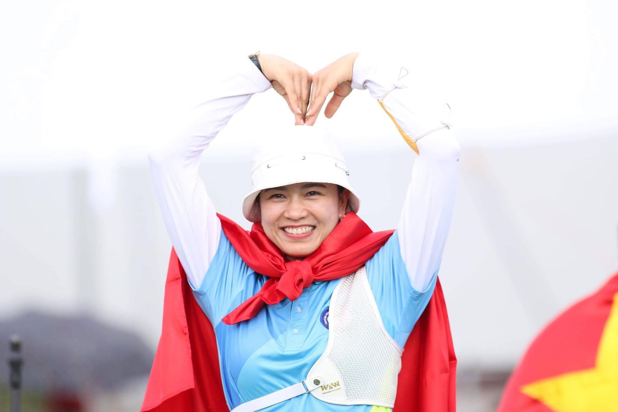 Nữ cung thủ Lộc Thị Đào chúc Tết độc giả VietNamNet