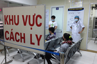 Hà Nội đang cách ly 2 người nghi nhiễm viêm phổi cấp trở về từ Trung Quốc