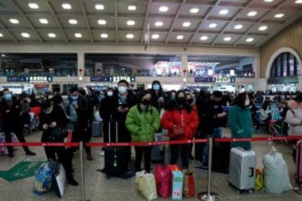 Dịch virus corona hoành hành, Bắc Kinh dừng mọi hoạt động lớn chào năm mới