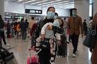 Người chết vì virus corona tăng vọt, Trung Quốc phong toả 8 thành phố