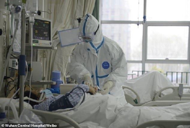 Bệnh nhân đầu tiên nhiễm corona hồi phục kể lại giây phút sinh tử