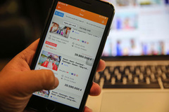 Travel agencies in HCM City boost sales via apps