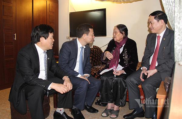 Bộ trưởng Nguyễn Mạnh Hùng,Bộ TT&TT,MobiFone,Trung tâm giám sát An toàn không gian mạng