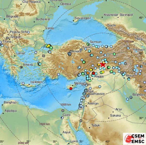 Động đất rung chuyển Thổ Nhĩ Kỳ, hơn 500 người thương vong