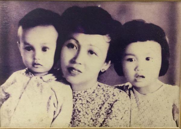 Mẹ 102 tuổi trêu NSND Đặng Thái Sơn 'mặc quần thủng đít' trên sóng truyền hình